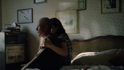 "MARIANA'S TRENCH ""Glimmer"" - Emma Higgins"