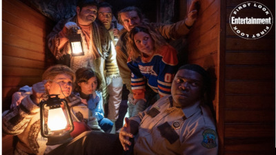 First look at Sam Richardson and Milana Vayntrub in the horror-comedy Werewolves Within - Entertainment Weekly