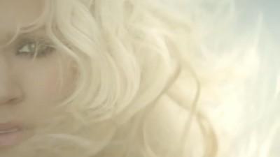 """CARRIE UNDERWOOD """"Blown Away"""" - Randee St. Nicholas"""